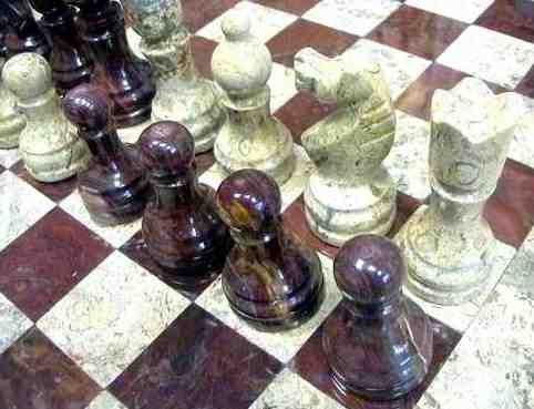 Продам Шахматы оникс яшма по выгодной  цене