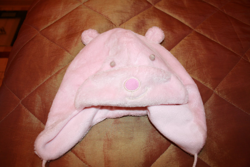 Продам шапка на девочку