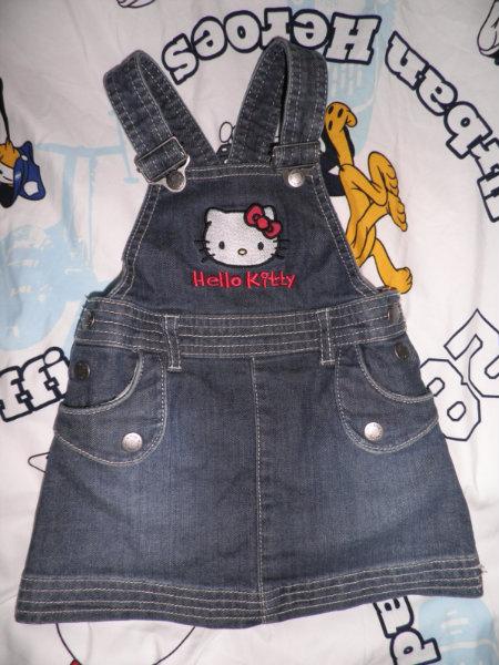 Продам Hello Kitty Джинcовый сарафан на девочку
