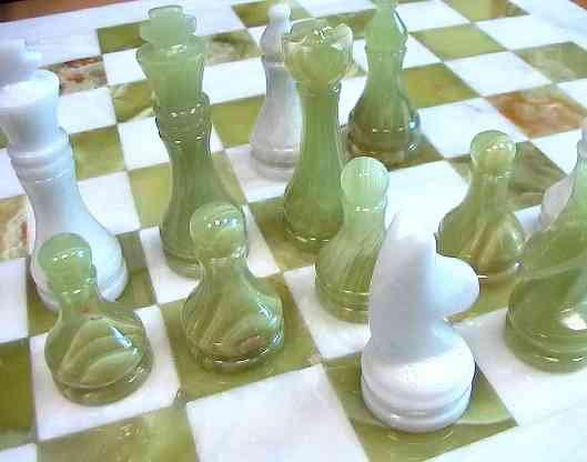 Продам: Шахматы из полированного