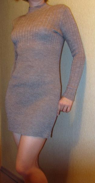 Продам Платье трикотажное, шерсть. Размер 44