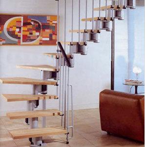 Продам Межэтажную лестницу на метал-ком каркасе