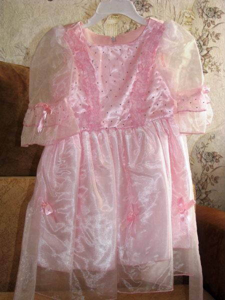 Продам Платье для принцессы р.98-104 см.