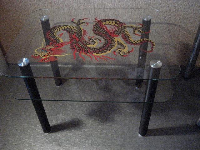 Продам Стильный стол с драконом (фен-шуй)