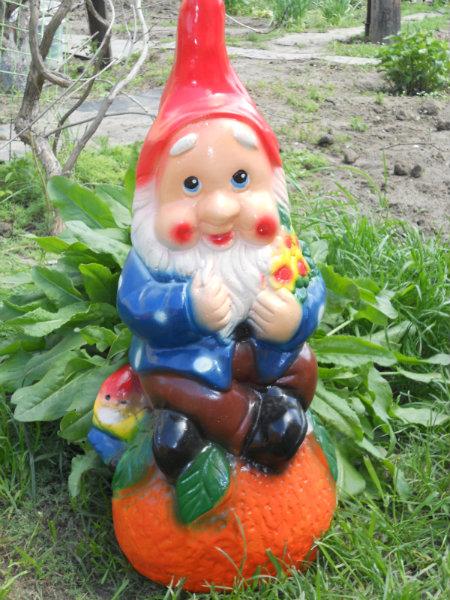 Продам дачные декоративные фигурки для сада
