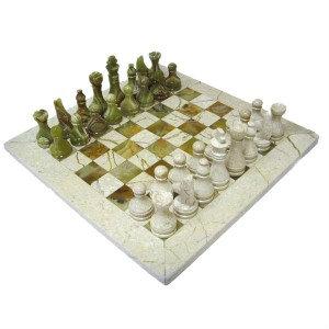 Продам Шахматы каменные 30 х 30 см.
