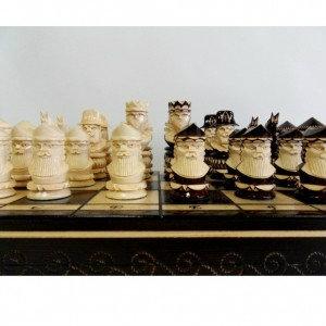 Продам: Шахматы деревянные 49 х 49 см.