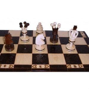 Продам: Шахматы деревянные Медная полоска