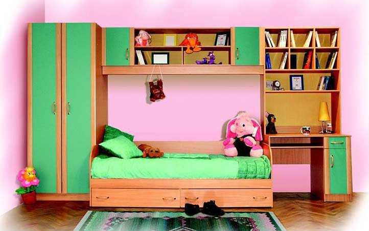 Продам Деткая стенка с кроватью новая