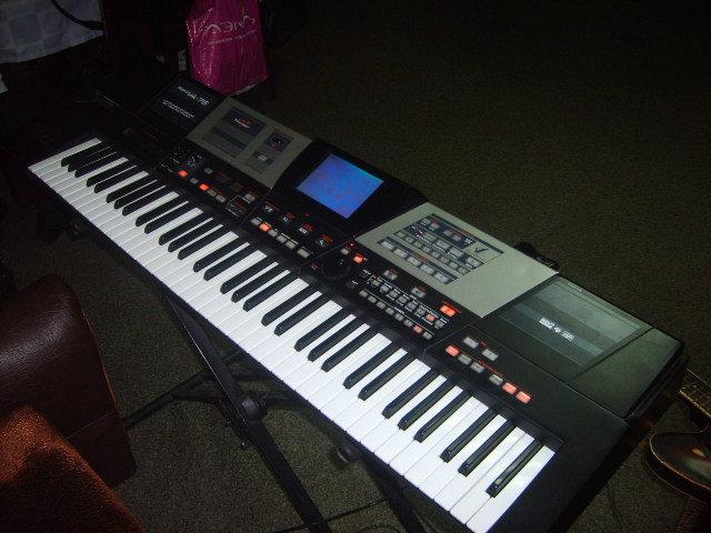 Продам Продам профессиональный Roland VA-76