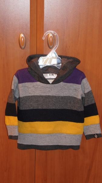 Продам свитер шерстяной