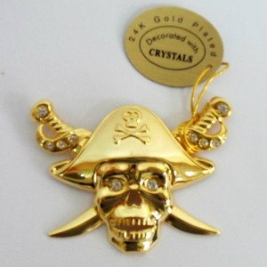 Продам: Пират это золото, сваровски и присоска