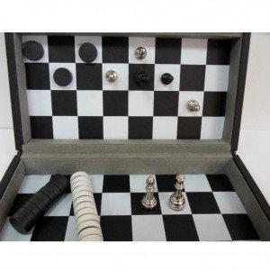 Продам Набор 2 в 1 шахматы и шашки