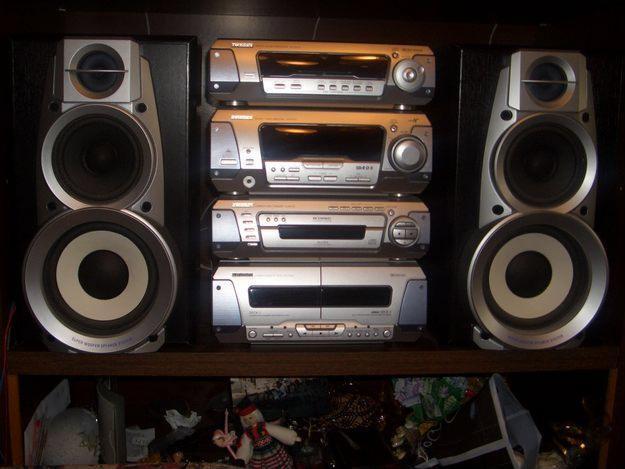 Продам Музыкальный Центр   TECHNICS SC-EH590.
