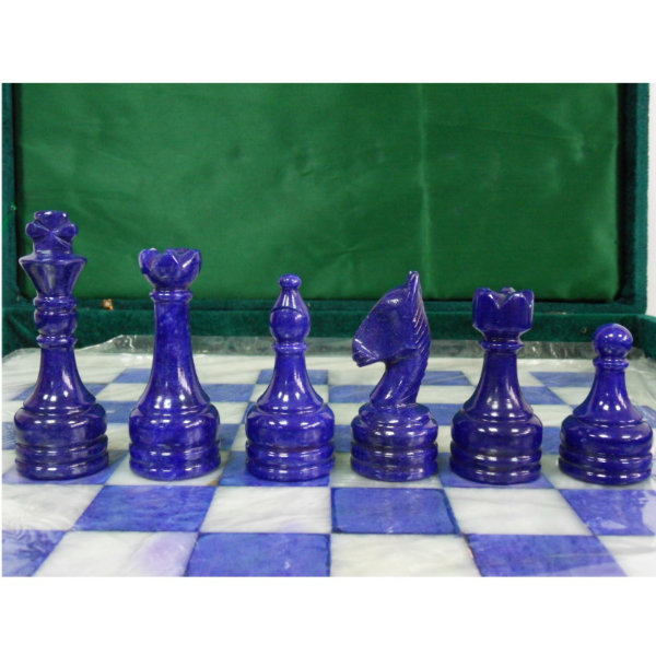 Продам Каменные шахматы 37 см, композит