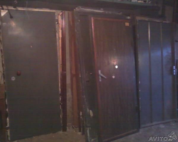 Продам Дверь металлическая Б/У