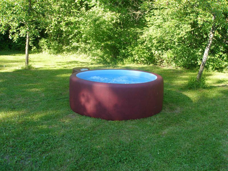 Продам домашний бассейн для малыша