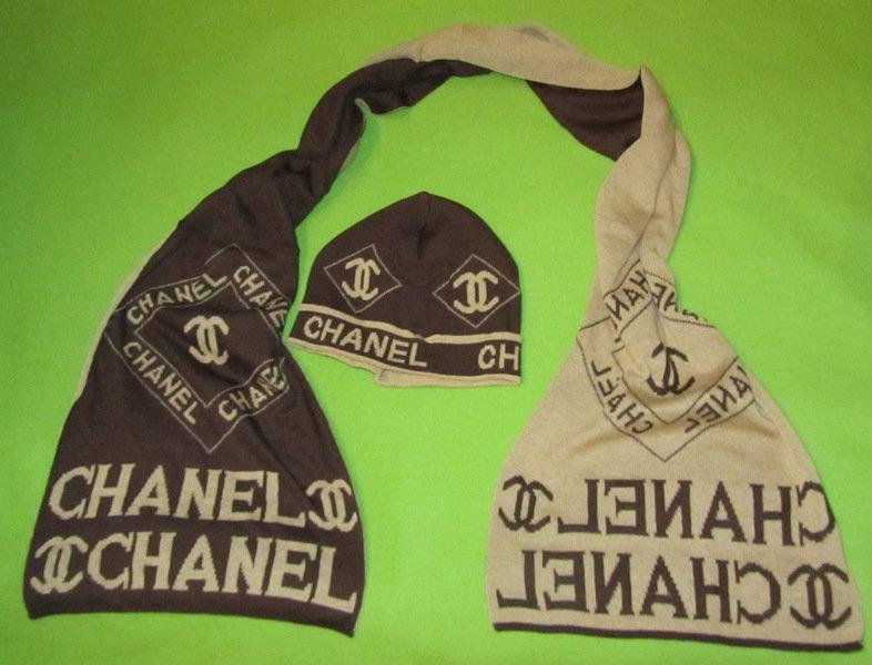 Продам Шарф и шапка женская Chanel комплект