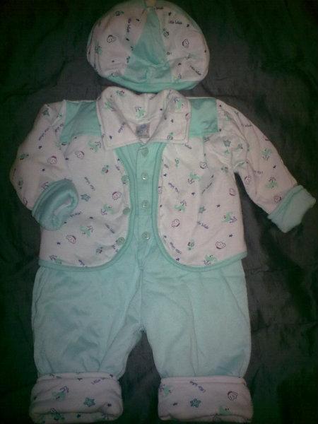 Продам Утепленный костюм р.62-68