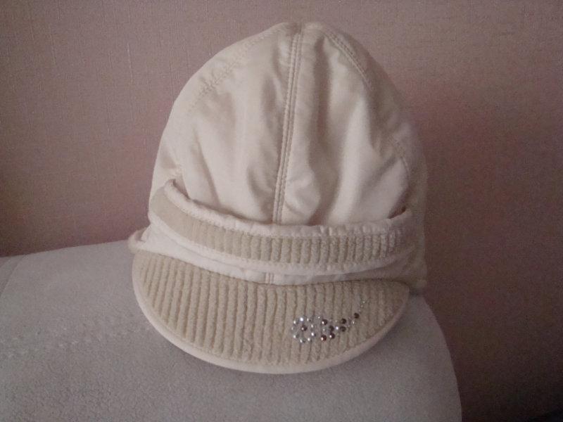 Продам шапка практич.нов. от 4-6л. р-52.