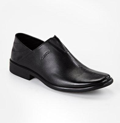 Продам: Ботинки Riancess