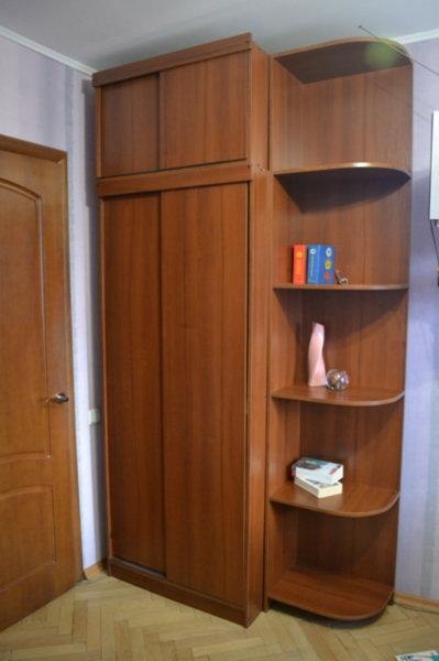 Продам: Шкаф с дополнительными полками