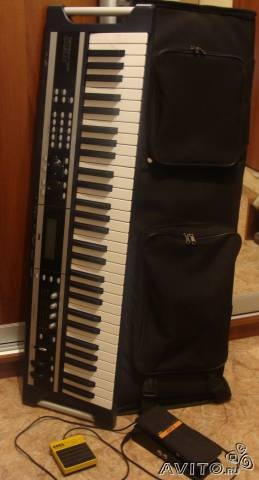 Продам: синтезатор KORG X 50