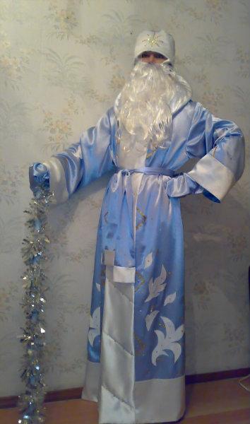 Продам костюм деда мороза и снегурочки.