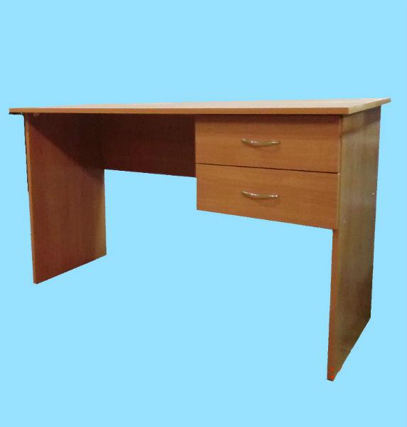 Продам: столы с тумбой 120*60 в наличии.