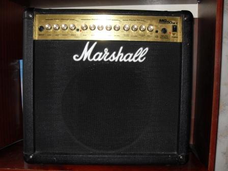 Продам: ГИТАРНЫЙ КОМБО Marshall MG50DFX