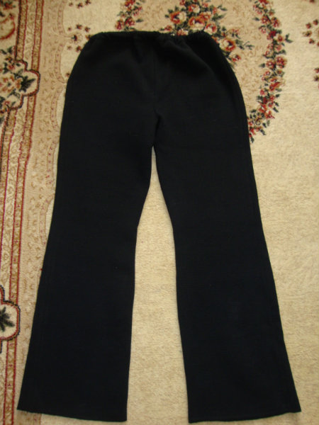 Продам брюки вязанные