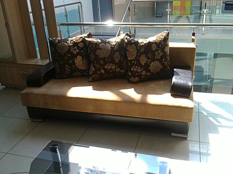 Продам Прямой диван на заказ