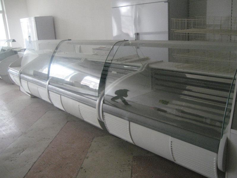 Продам Горки холодильные б/у (встройка, вынос)