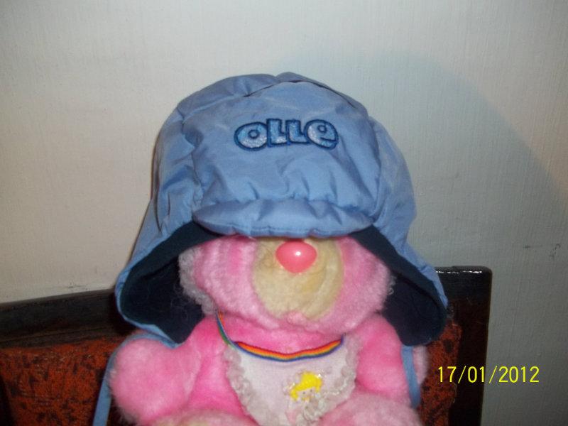 Продам 2 шапочки
