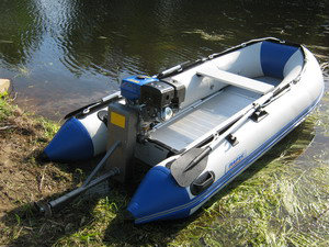 Продам: лодочный мотор болотоход