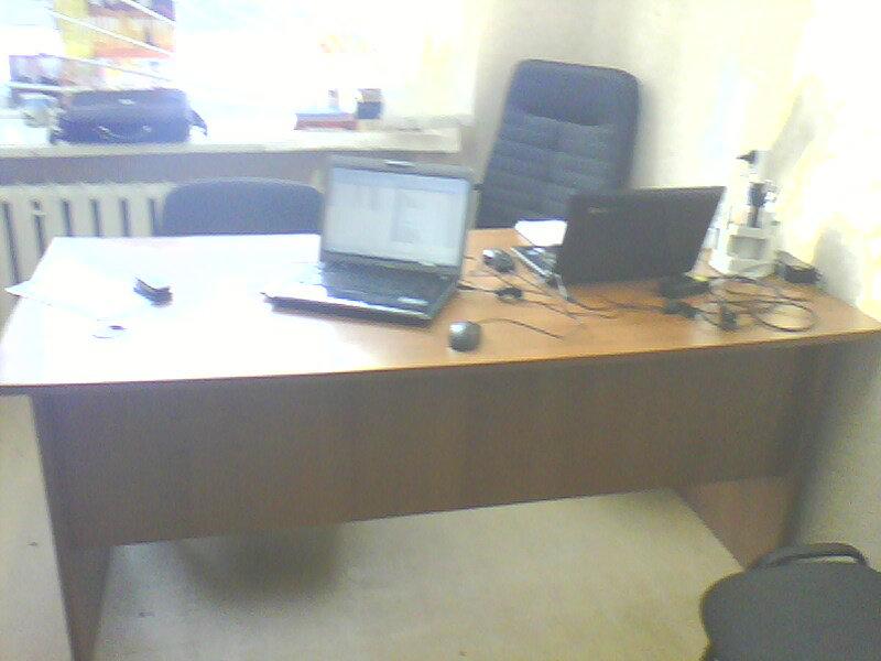 Продам: Офисный стол