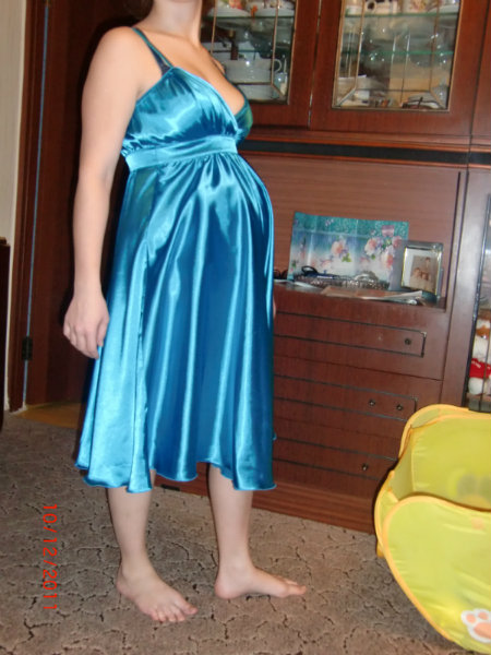Продам Вечернее платье для беременных.