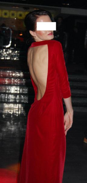 Продам Красное бархатное платье