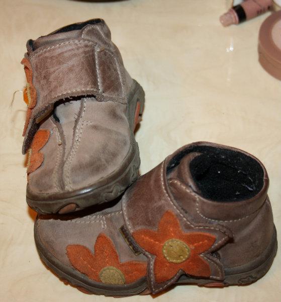 Продам продам детскую обувь 20-21 р-р