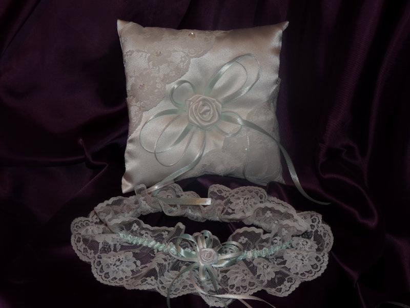 Продам свадебные подушечки для колец
