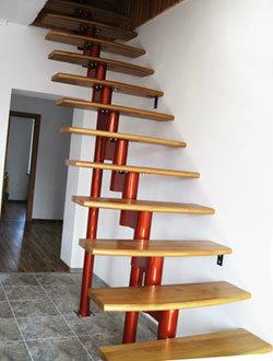 Продам Модульные межэтажные лестницы