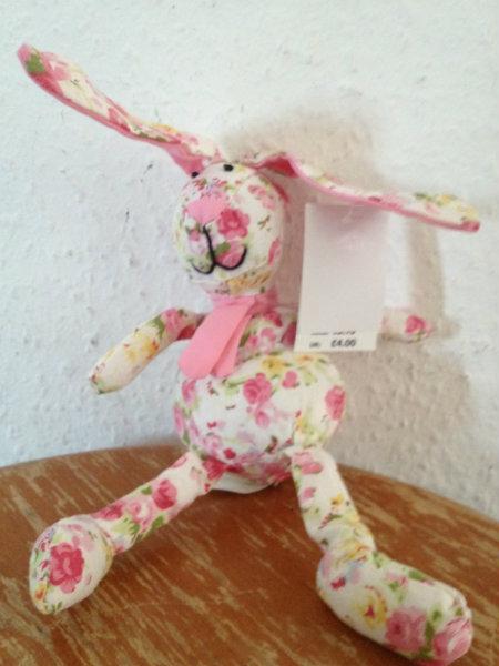 Продам Небольшой тканевый заяц