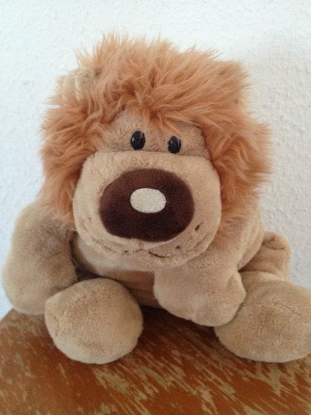 Продам Лежачий лев