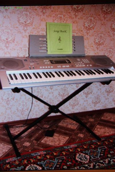 Продам Синтезатор cassio CTK-800 +стойка+педаль