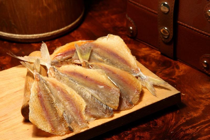 Продам Снеки:вяленая рыба,сушёные морепродукты
