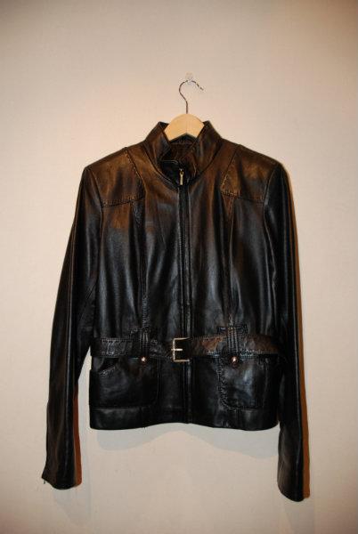 Продам куртка кожаная авто-леди
