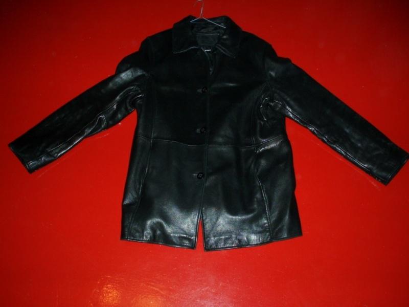 Продам: Женская кожанная куртка 52-54р