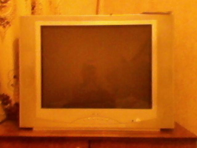 Продам Телевизор Rolsen,и Rubin