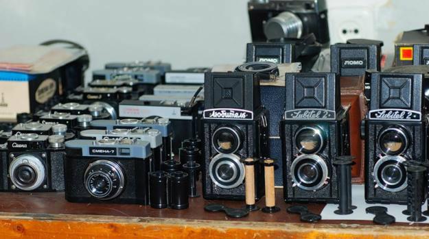 Приму в дар: Старые плёночные фотоаппараты