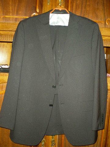 Продам Черный деловой костюм Stockmann 1862